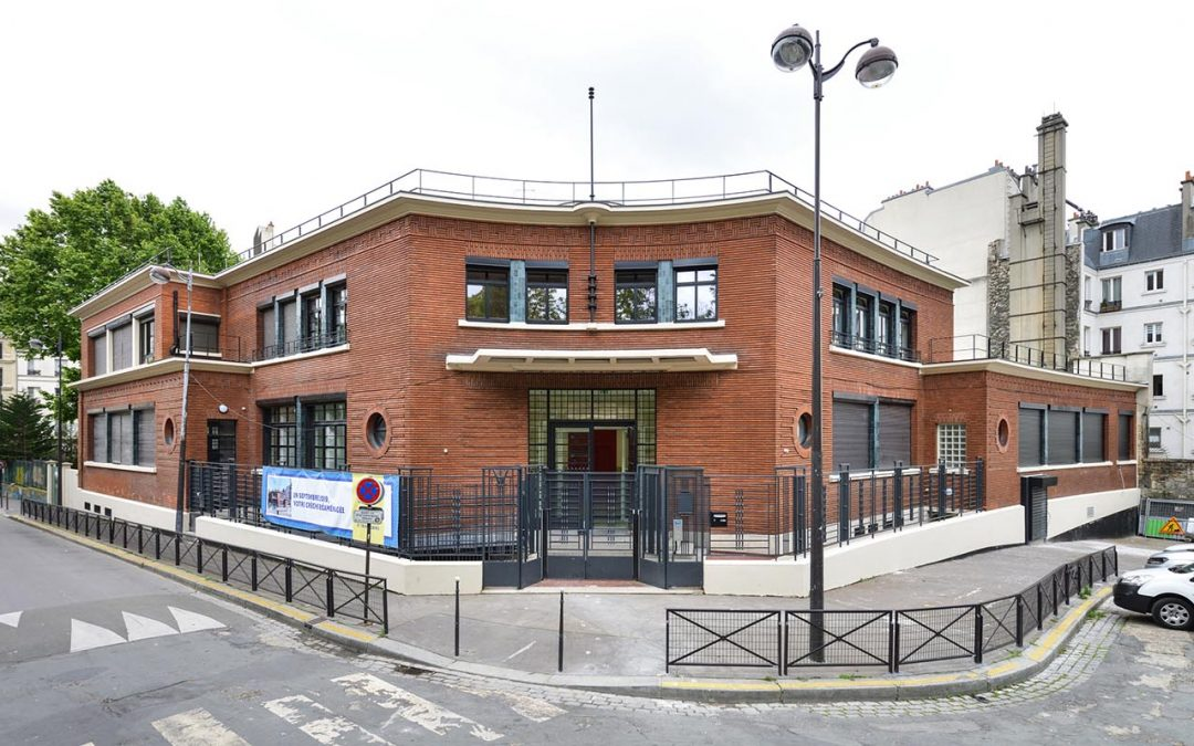 Alban Satragne crèche and family health centre, Paris