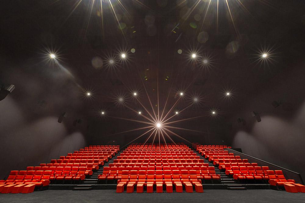Storia dell'architettura del cinema dalla fine del XIX secolo al XXI secolo